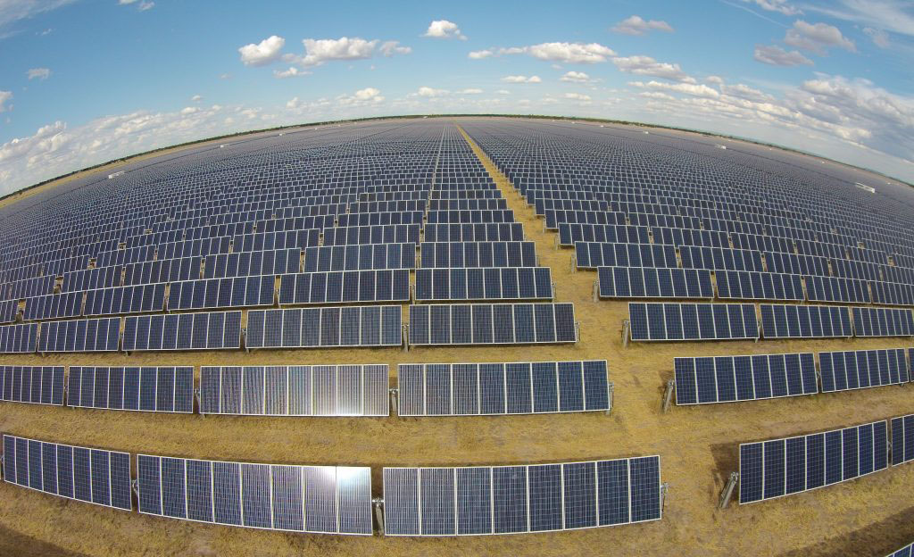 Queensland Company in Bid to Build Australia's Biggest Solar Farm